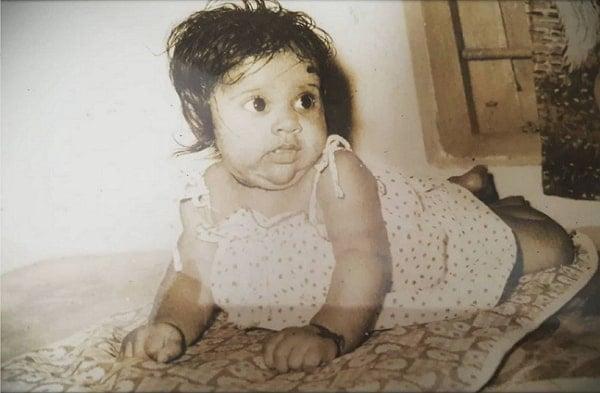 rashmi gautam childhood photo