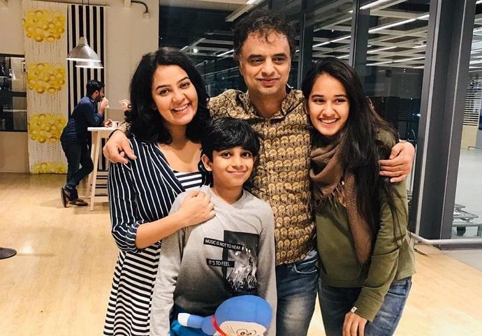 virti vaghani family