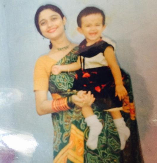 jannat zubair rahmani childhood photo