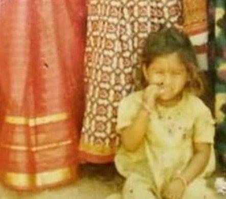 mangli childhood photo