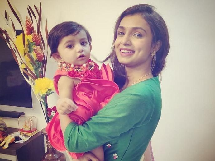 mayuri deshmukh daughter