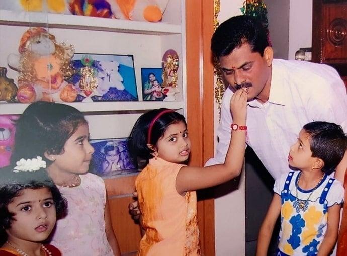 shivani narayanan childhood photos