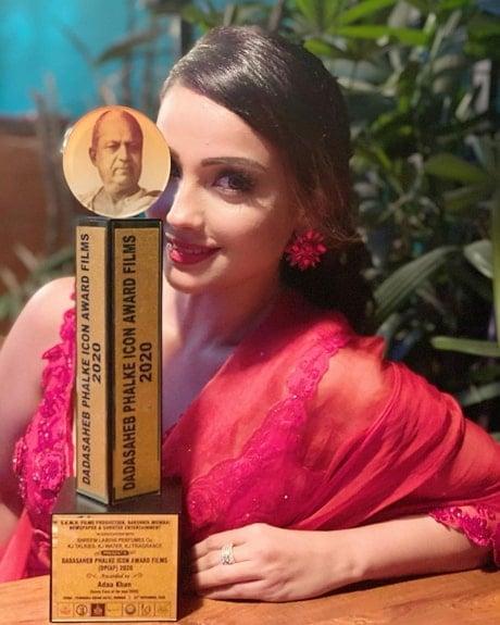 adaa khan award