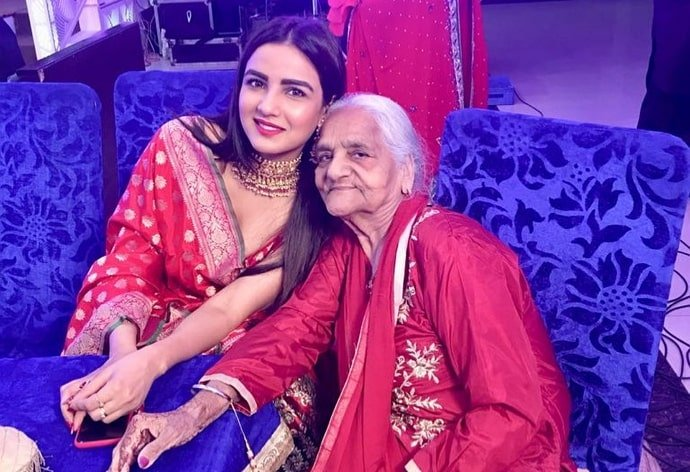 jasmin bhasin grandmother