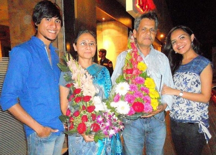 ritwik bhowmik family
