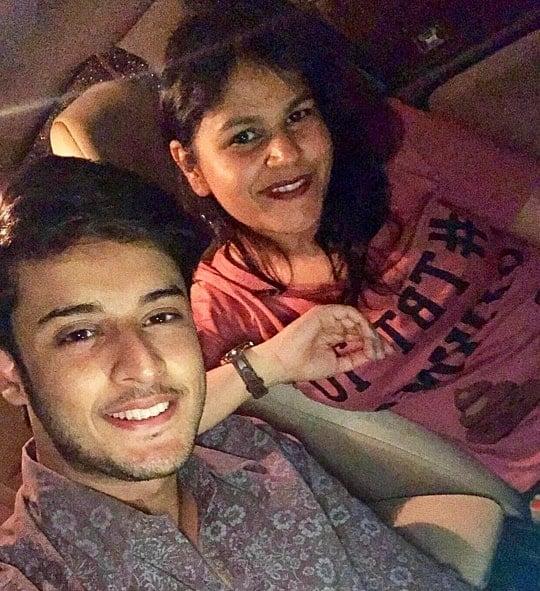 shagun pandey sister