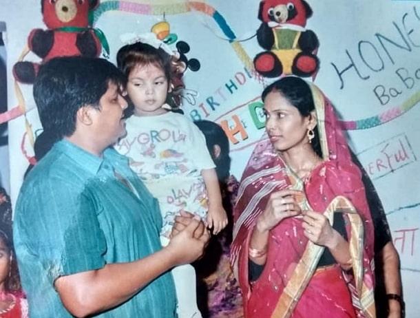 akshat utkarsh childhood photo
