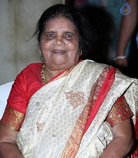 amma rajasekhar mother