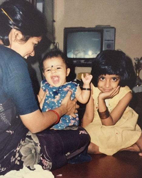 amritha aiyer childhood photo