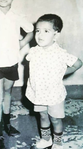 eijaz khan childhood photo