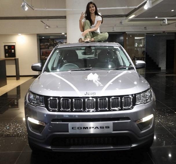 rhea chakraborty car