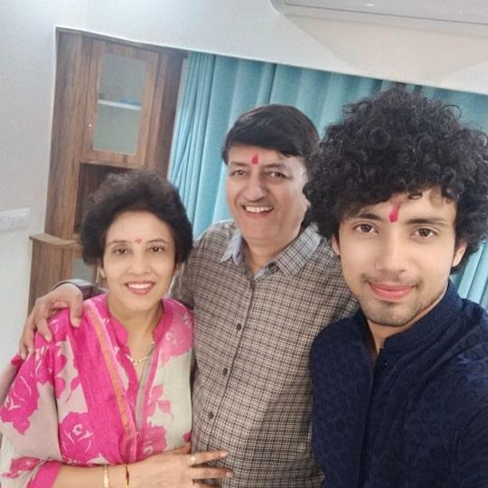 rohan rai family