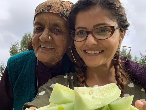 rubina dilaik grandmother