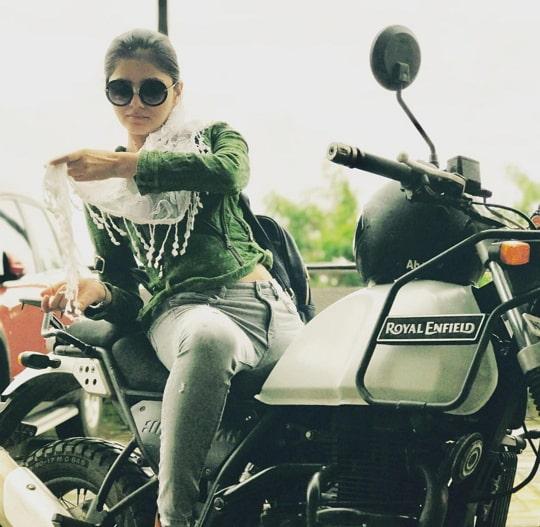 rubina dilaik bike
