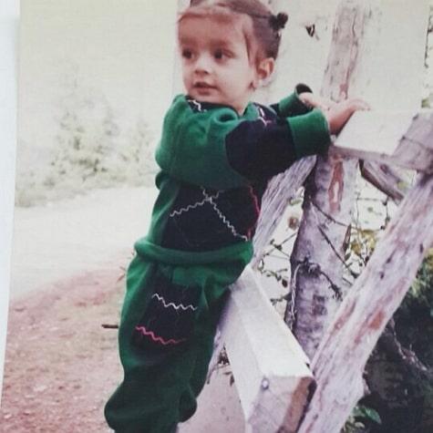 shehzad deol childhood photo