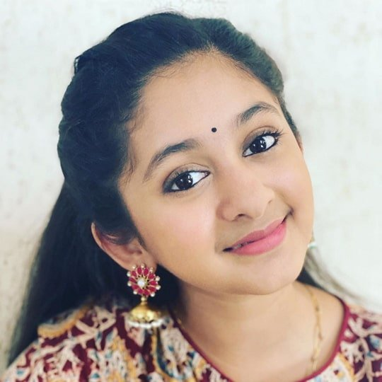 archana chandhoke daughter
