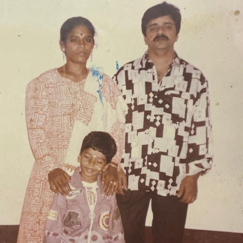 balaji murugadoss parents