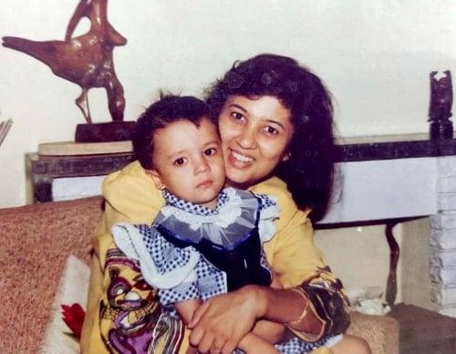 barkha singh childhood photo