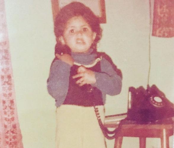 kavita kaushik childhood photo