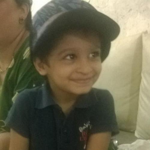 shweta mahadik childhood photo