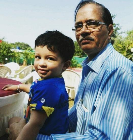 shweta mahadik father