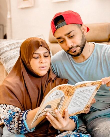 zaid darbar mother
