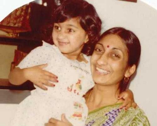 avina shah childhood photo