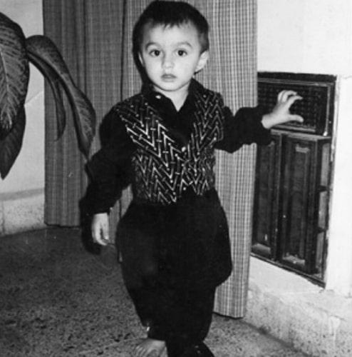 mohsin khan childhood photo