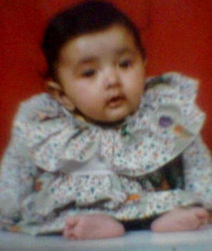 navdeesh kaur childhood photo