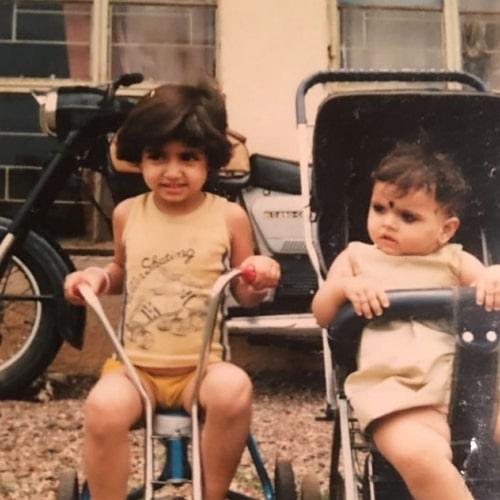 reyhna malhotra childhood photo