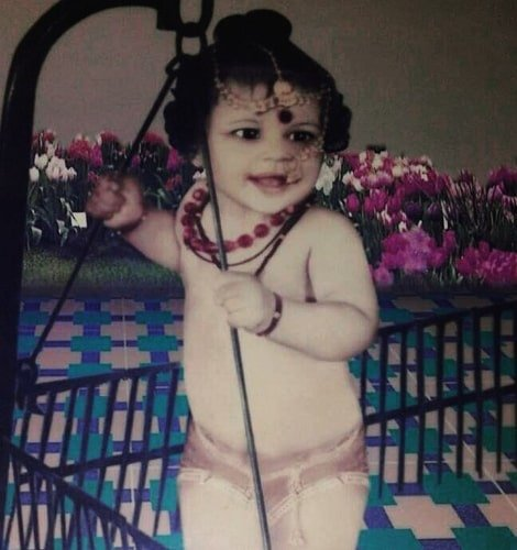 sheeva rana childhood photo