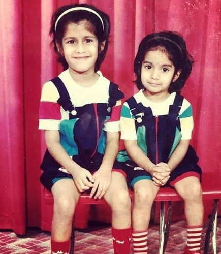 shreya dhanwanthary childhood photo