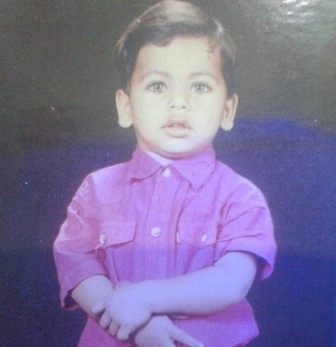 siddharth nigam childhood photo