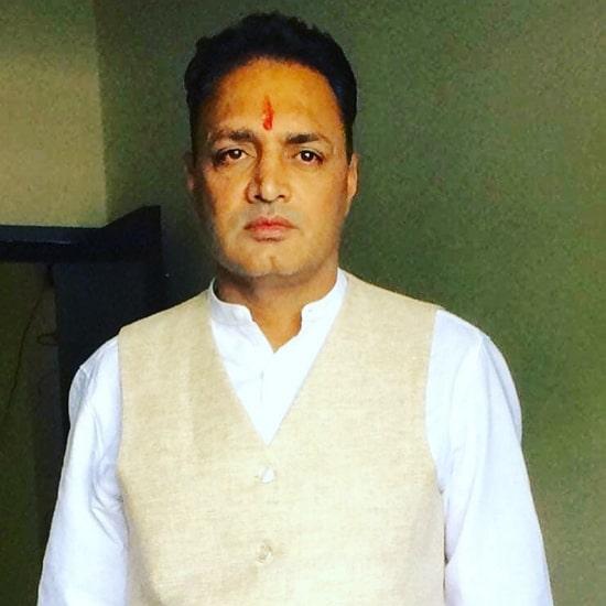 sonali phogat husband