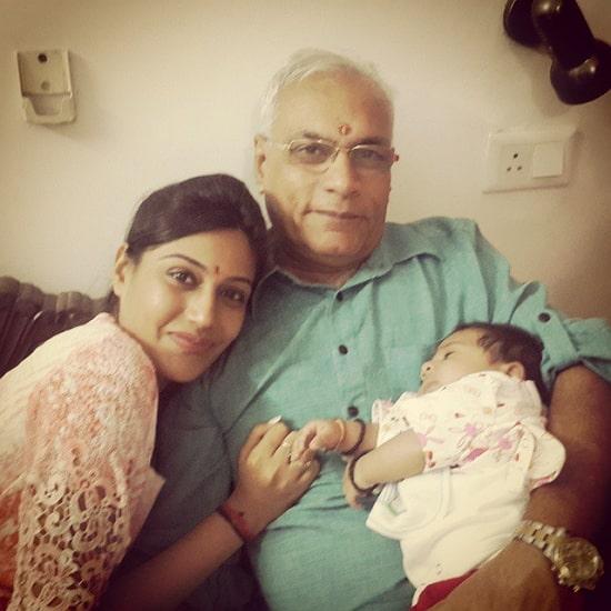 surbhi chandna father