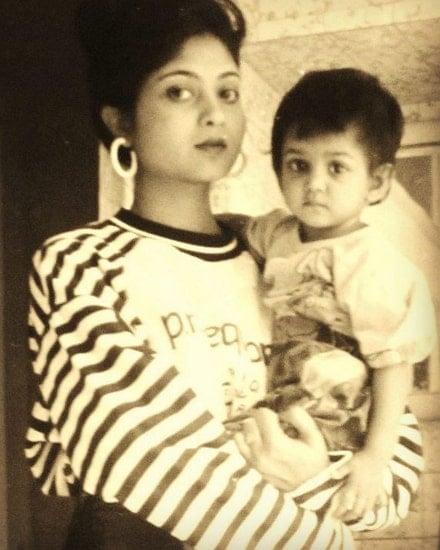 tanvi dogra mother