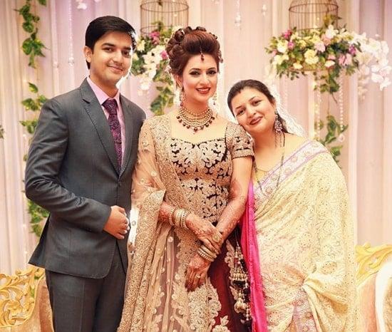 divyanka tripathi siblings