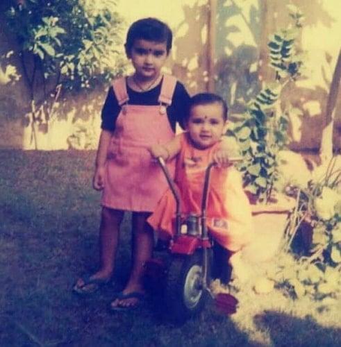 garima singh rathore childhood photo