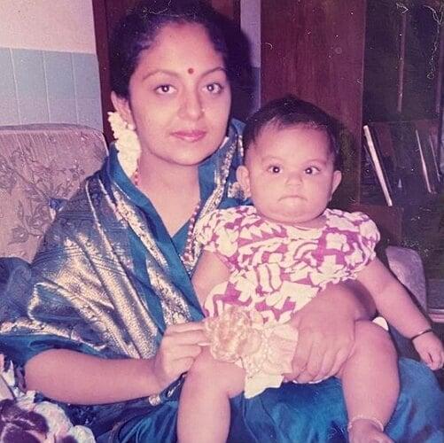 ahaana krishna childhood photo