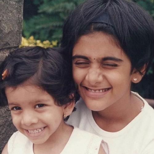 madhura deshpande childhood photo