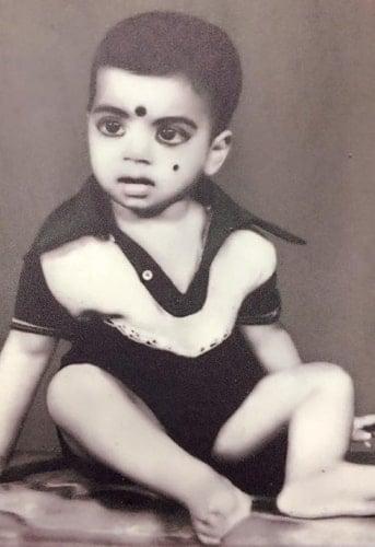 subi suresh childhood photo