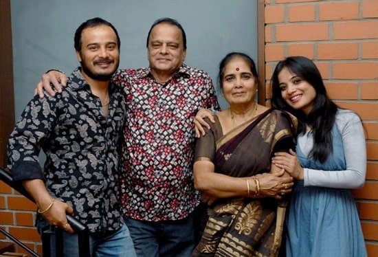 sunil raoh family