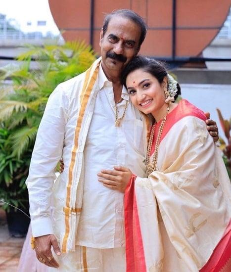 vaishnavi gowda father